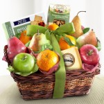 Golden State Fruit Cheese and Nuts Delight Fruit Basket, 5 Pound