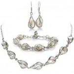 Unusual Freshwater Pearl Set, Necklace, Bracelet and Earrings