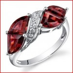 14 Karat White Gold Tri Fan Cut 4.3 carats Garnet Diamond Ring