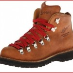 Stumptown by Danner Women's Mountain Light Cascade Hiking Boot