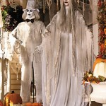 Lifesize Hauntinig Bewitching Standing Ghost Bride & Groom with Flashing Red Eyes Spooky Scary Halloween Prop Decorations